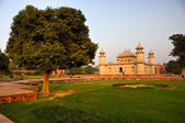 Itimad-ud-daulah at sunset, Agra, Uttar Pradesh, — Stock Photo