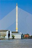 King Rama VIII bridge, Bangkok, Thailandia. — Stock Photo