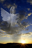 Angel and Sun Setting with Clouds — Stock Photo