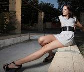žena natáhl nohu — Stock fotografie