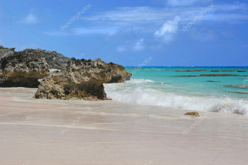 The lovely pink sands of Horseshoe Bay Beach, Bermuda. — Stock Photo #2348937
