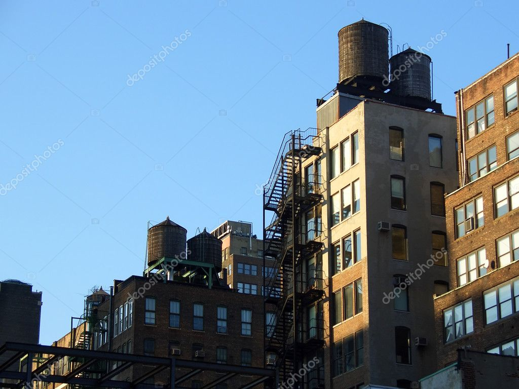 Rooftop water tanks, Manhattan, New York — Stock Photo #2352776