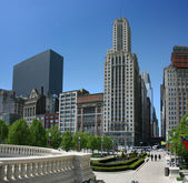 Chicago Millennium Park at East Madison — Stock Photo