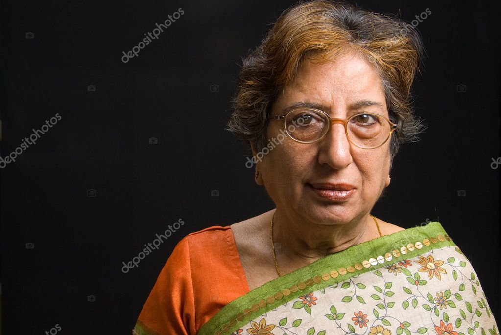 A portrait of a senior Asian woman — Stock Photo #2428078