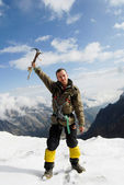 Mountaineer at the top — Stock Photo