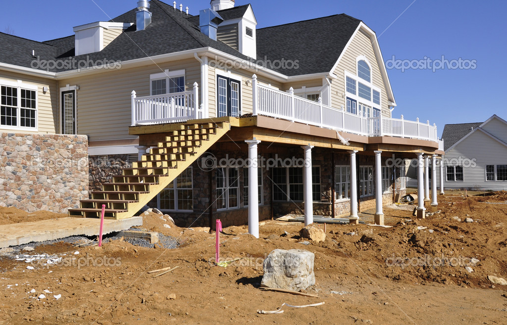 Exterior or outside view of a new home under construction — Foto Stock #2352022