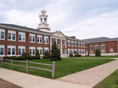 Oude bakstenen Highschool in new jersey — Stockfoto
