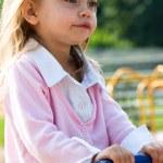 dziecko gra — Zdjęcie stockowe