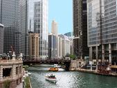 Chicago river downtown — Stock Photo