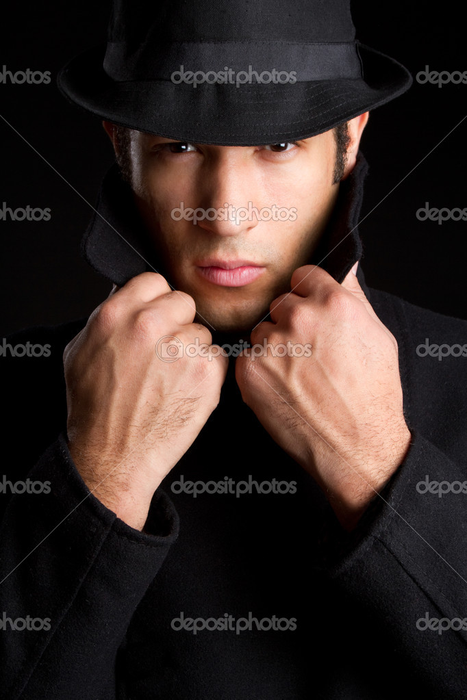 Dark sinister detective man — Stock Photo #2294847