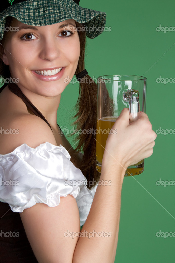 Irish girl holding beer — Stock Photo #2374210