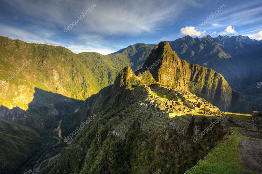 Scenic view of Machu Picchu in morning light. HDR image — Stock Photo #2475847