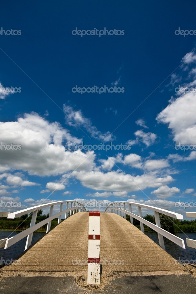 A bridge over a canal — Stock Photo #2447847