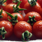 Cherry tomatoes close-up — Stock Photo