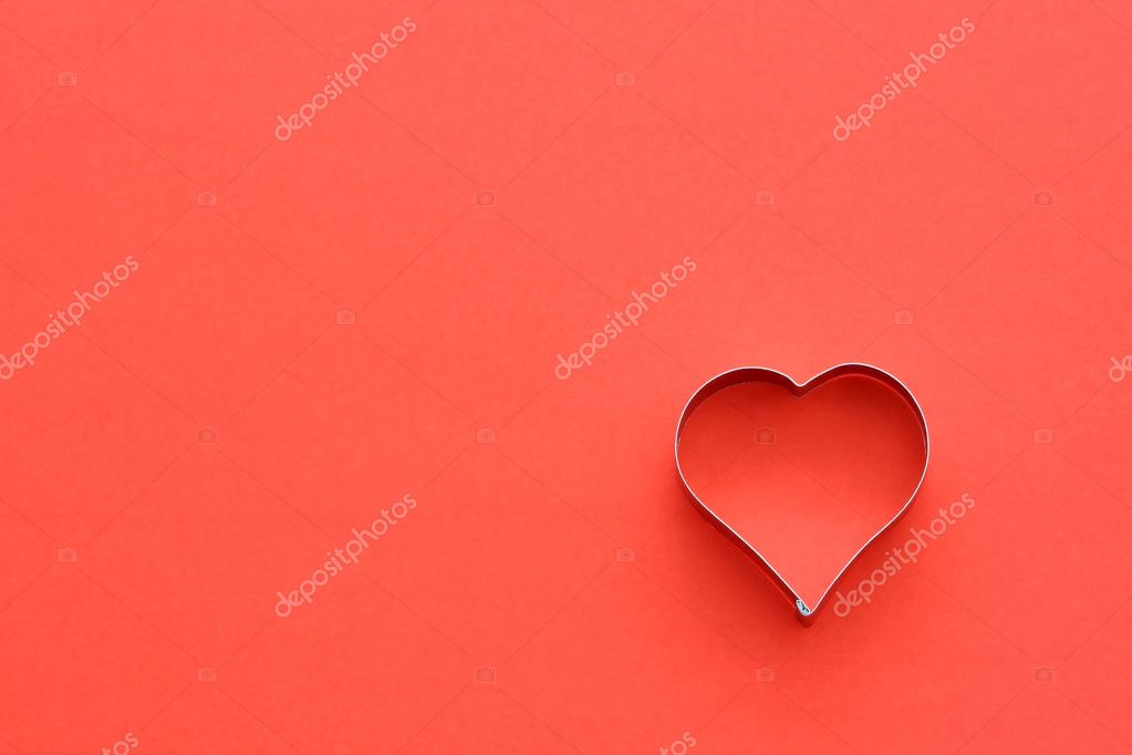 Heart symbol in red, symbolizes love/romance — Stock Photo #2382786