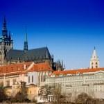"""Обзорная пешеходная экскурсия  """"Градчаны и Пражский град """" перенесет вас в те далекие времена, когда первый чешский..."""