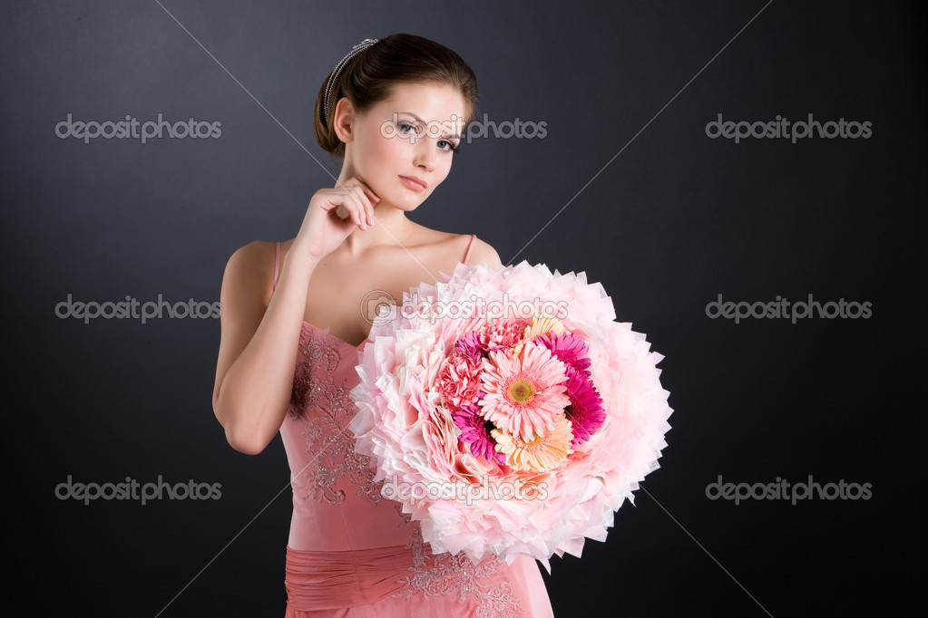 Young woman in wedding dress — Stock Photo #2334481