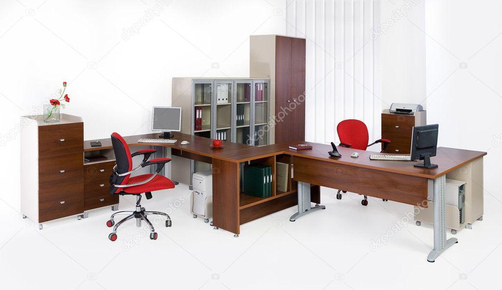 Arredamenti uffici arredamento ufficio arredamento design for Mainini arredamenti