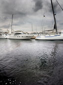 Yachts in harbor — Stock Photo
