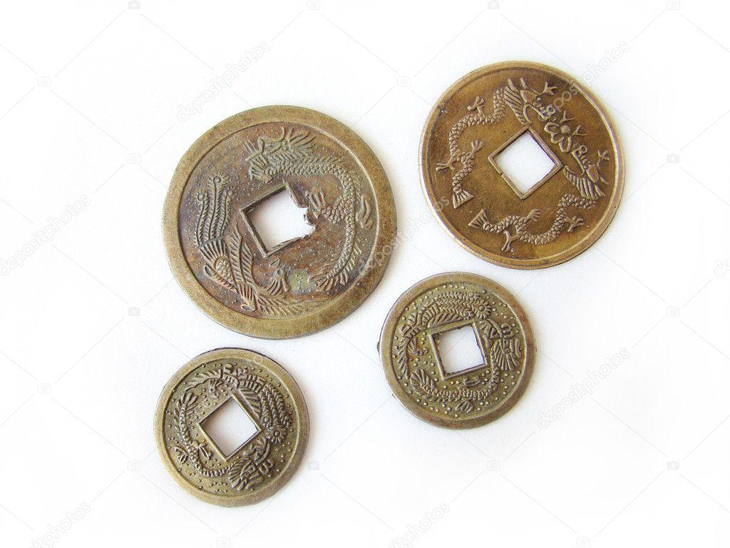 Feng shui fish good luck fish houseoffengshui - Feng shui good luck coins ...