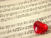 Music score & heart — Stock Photo