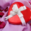 Red Rose and Heart-shaped Gift Box with — Stock Photo #2401557