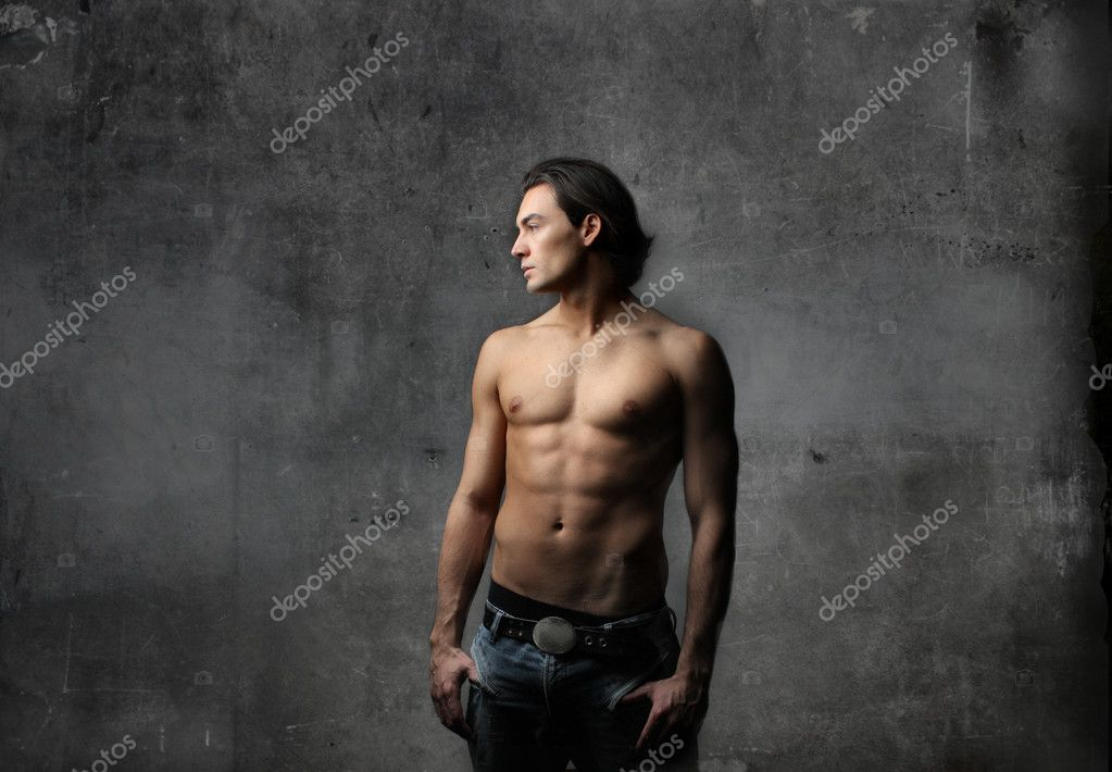 Handsome bare-chested man in blue jeans — Stock Photo #2537703
