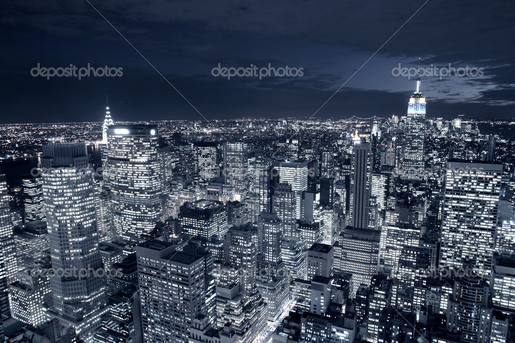 Night view of New York city — Stok fotoğraf #2537817