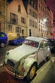 Foto de alto rango dinámico del coche antiguo — Foto de Stock