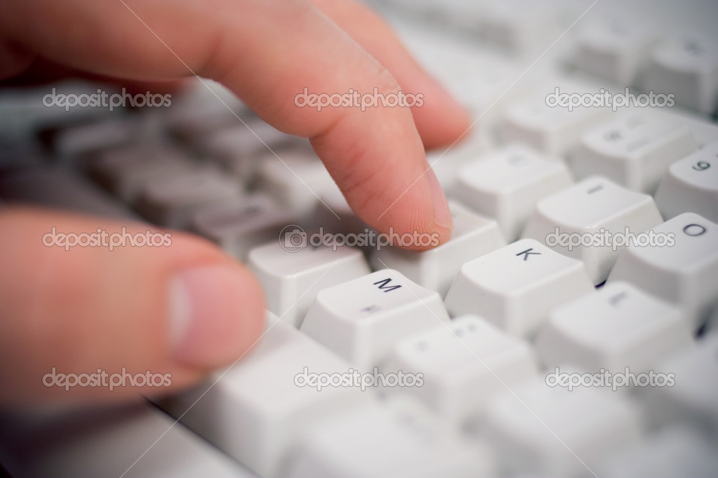 Keyboard closeup with hand — 图库照片 #2492580