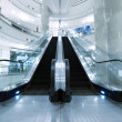 Escalator in department store — 图库照片