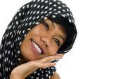 Jonge Aziatische vrouw met sjaal — Stockfoto
