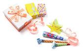 Geschenkdozen en partij items — Stockfoto