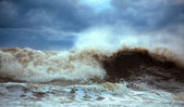 Stormy waves — Stock Photo