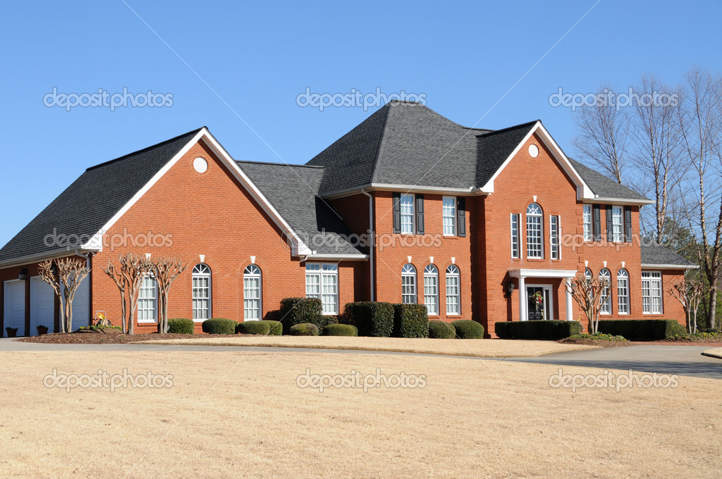 A Beautiful New Custom Built House — Stock Photo #2561431