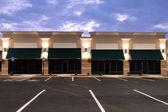 リースのための商業スペース — ストック写真
