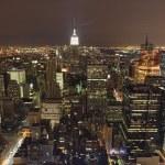 panorama de la ciudad de nueva york en la noche — Foto de Stock   #2567640
