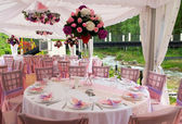 Pink wedding tables — Stock Photo