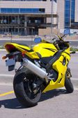 Yellow Motorcycle parked — Stock Photo