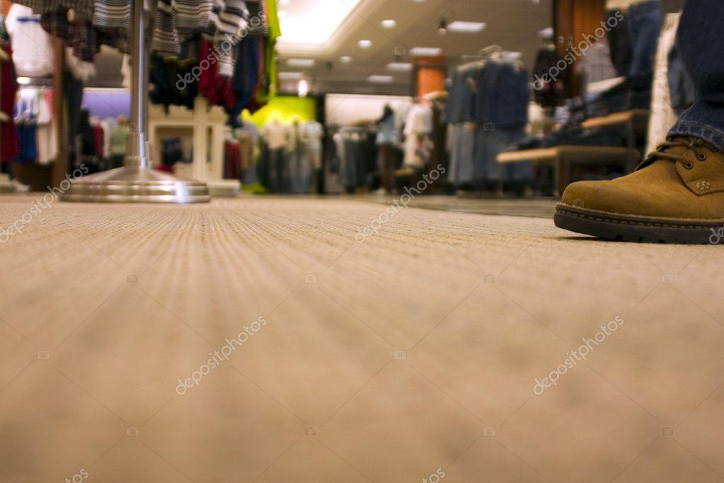 the shopping mall as consumer habitat