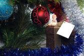 Julklapp med ängel på den — Stockfoto