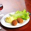 Roasted cutlets and wine — Stock Photo