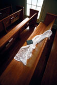 Veil on the Church Pew - clipping path — Stock Photo