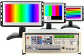 Die isolierten prüfung der modernen monitoren — Stockfoto