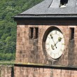 CLOCK FACE ON CASTLE EXTERIOR — ストック写真