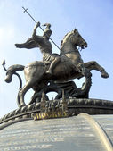 Monument to Saint George and the Dragon. — 图库照片