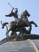 Monument to Saint George and the Dragon. — Zdjęcie stockowe