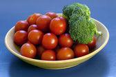 Rajčata a broccolli — Stock fotografie