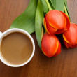 Coffee with tulips — Stock Photo #2649676