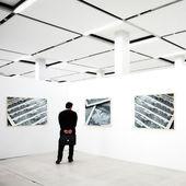 Frames auf Ausstellung mit Foto